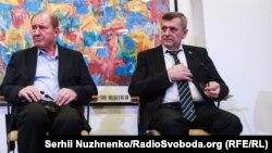 Заместители председателя меджлиса крымских татар Ильми Умеров (слева) и Ахтем Чийгоз.