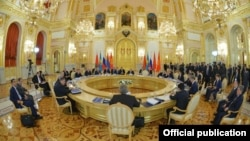 Russia - President Vladimir Putin chairs a Eurasian Economic Union summit in Moscow, 23Dec2014.