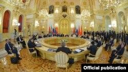 Եվրասիական տնտեսական միության գագաթնաժողովը Մոսկվայում, 23-ը դեկտեմբերի, 2015թ.
