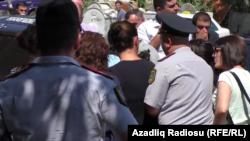 Faiq Əmirlinin maşınında axtarış aparılır, 20 avqust 2016