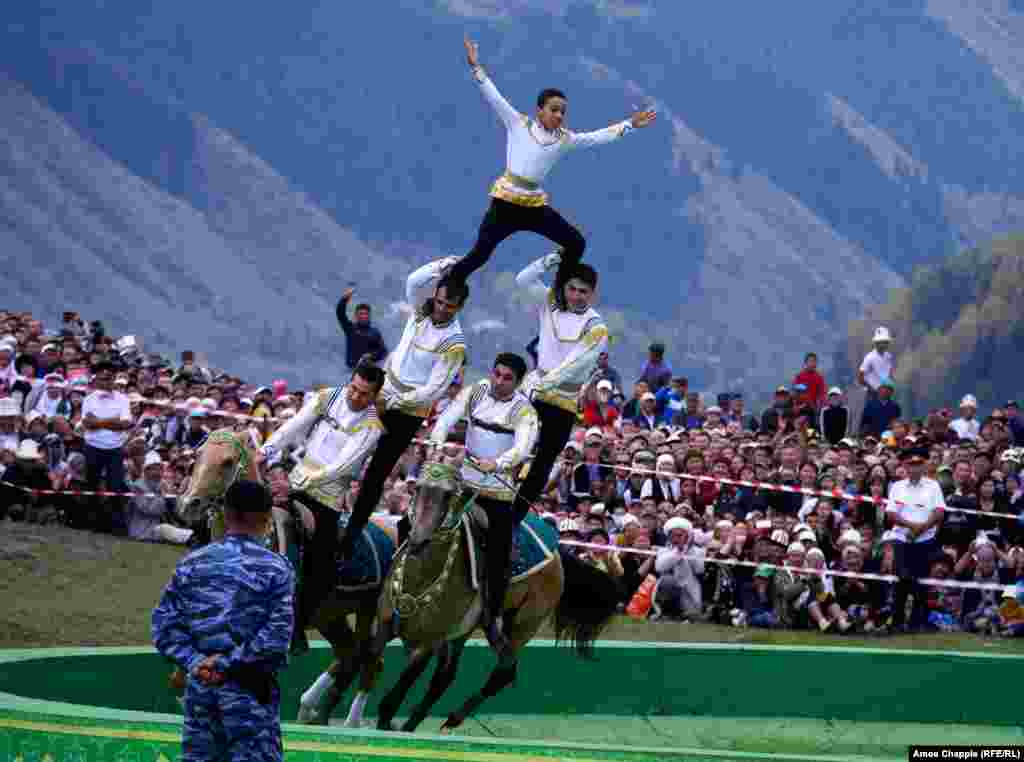 The Turkmen horse-riders: Whenever they entered the stadium, there was a ripple of approval from the crowd. Apparently, Turkmen are known as the best riders in Central Asia. When this kid threw out his arms Titanic-style, the roar from the crowd filled the valley.