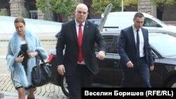 Иван Гешев пристига в президентството във вторник