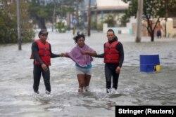 """Последствия урагана """"Ирма"""" в Гаване. 10 сентября"""