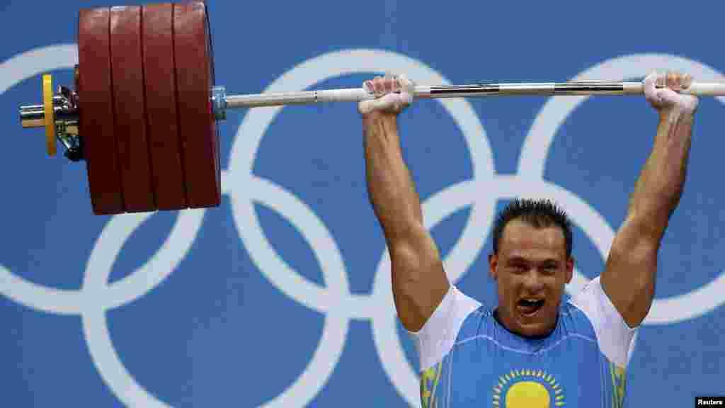 Чемпион пекинской Олимпиады штангист Илья Ильин вновь одержал победу — уже в лондонской Олимпиаде. Таким образом, он стал первым двукратным олимпийским чемпионом в Казахстане.