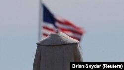10 июня в Бостоне со статуи Христофора Колумба пропала голова
