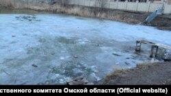 Котлован в Омске, где погибли дети