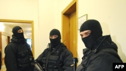 Security agents stormed the Naftohaz headquarters in March in a show of force by President Yushchenko.