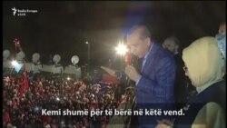 """Erdogan paralajmëron shqyrtimin e """"dënimit me vdekje"""""""