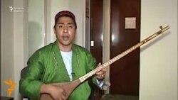 OZOD-VIDEO: Афғонистонда ўзбек мақомини тиклаëтган ҳофиз