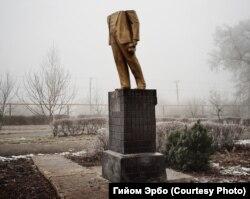 Памятник Ленину в Котовске (сейчас - Подольск), 2013 год. Украина, Одесская область. Фото Гийома Эрбо.