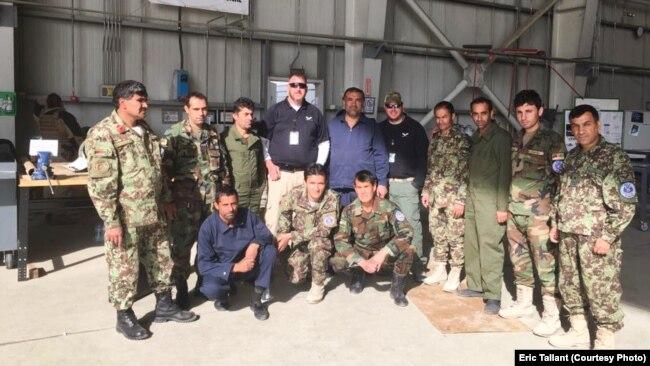 Эрик Тэллант во время тренировок в Кабуле, Афганистан, архивное фото