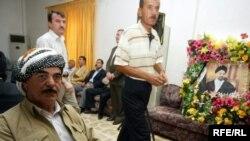صورة لتعزية عبدالعزيز الحكيم في اربيل