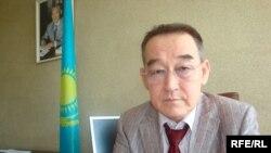 Атырау облысындағы Тіл департаментінің бастығы Хабиболла Қуанышқали. Атырау, 21 қыркүйек, 2009.