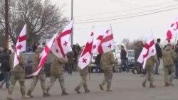 Воинские почести на братском кладбище