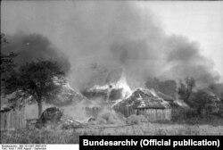 Горіння хат створювало «димову завісу»