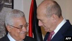 اهود اولمرت و محمود عباس