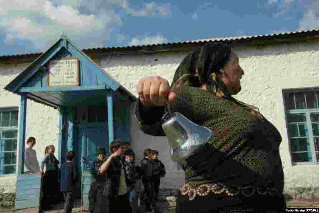 The school year begins in the village of Dishny-Vedeno in Chechnya