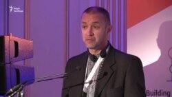 Володимир Притула читає промову Миколи Семени у Брюсселі (відео)