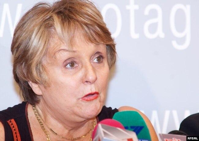 Josette Durrieu à Chisinau, le 10 juin 2009
