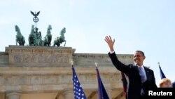 Германи -- lамеркан президент Обама Барак Брандербурган кевнна улле къамел дан веана Германин канцлерца Меркел Ангелица, Берлин, 19Ман2013