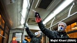 ضدعفونی کردن اتوبوسهای درونشهری در تهران جهت مقابله با شیوع کرونا