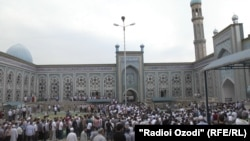 Центральная соборная мечеть в Душанбе.
