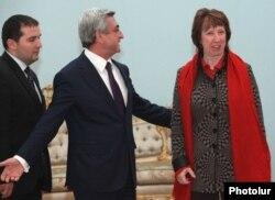 Armenia - President Serzh Sarkisian greets visiting EU High Representative for Foreign Affairs and Security Policy Catherine Ashton, 16Nov2011.