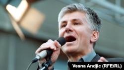 Политические обстоятельства убийства Зорана Джинджича не раскрыты до сих пор.