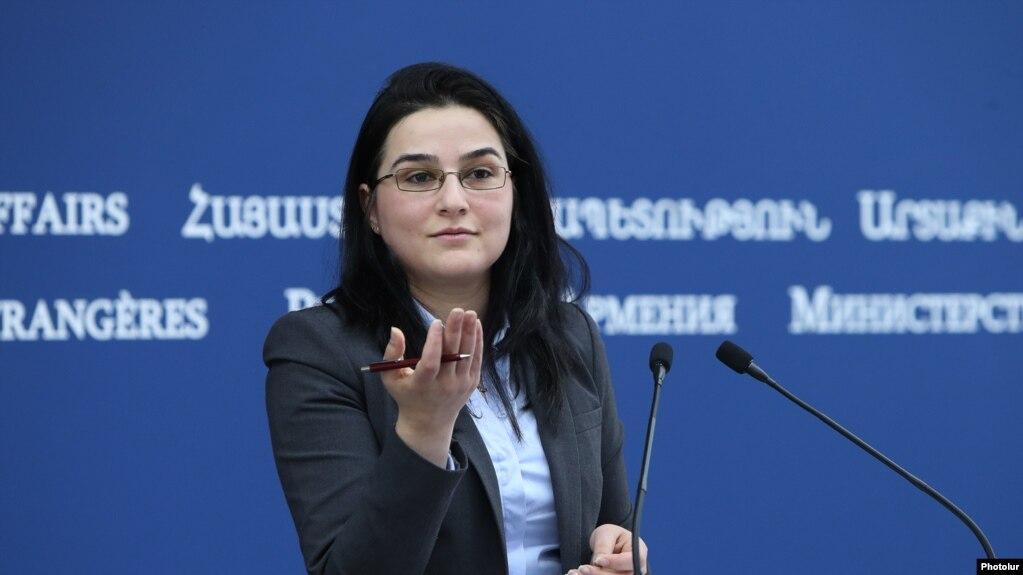 МИД Армении: Призываем власти Азербайджана достоверно способствовать подготовке народов к миру