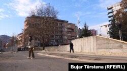 Zid, Mitrovica