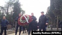 Похороны полицейских, погибших во время вооруженного инцидента в Нардаране