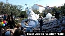 Spomenik Juriju Gagarinu u Radovićima kod Tivta