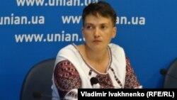 Надежда Савченко, украиналық ұшқыш. Киев, 2 тамыз 2016 жыл.