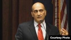 مستشار مجموعة الكونغرس النيابية وليد فارس