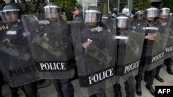 اعتراضات و تظاهرات و نیز درگیریها میان مخالفان و هواداران دولت در تایلند ماهها است که ادامه دارد