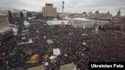Украина, Киев. 8-декабрь, 2013-жыл