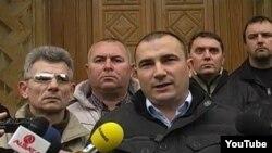 Стојанче Ангелов, претседател на партијата Достоинство.