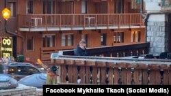 Івана Баканова помітили 8 січня на гірськолижному курорті Мерібель у Франції