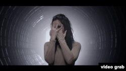 Скріншот із кліпу Джамали на пісню «1944»