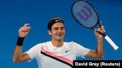 Теннисчи Рожер Федерер.