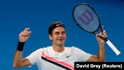 Roger Federer i lumtur pas triumfit të sotëm në Australian Open në Melburn