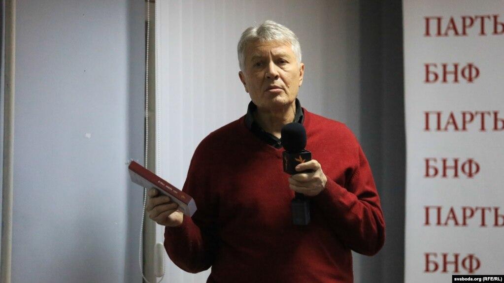 Алег Манаеў у Менску, сьнежань 2014 году