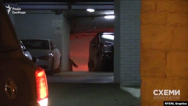 Авто Хорошковського заховали на іншому рівні паркінгу
