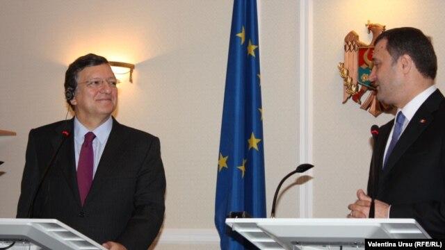 Jose Manuel Barroso în compania lui Vlad Filat, Chişinău, 30 noiembrie 2012