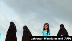 Шри-Ланкадаги ҳижобли мусулмон аёллар.