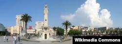 Konak Meydanı, İzmir