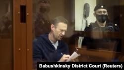 Олексій Навальний на суді над ним у Москві, 12 лютого 2021 року