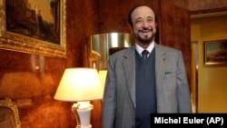"""Рифат Ассад Сурияда 1982 йилдаги қўзғолонларни шафқатсизлик билан бостиргани ортидан """"Хам қассоби"""" лақабини олган."""