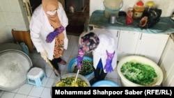 نفسگل جامی یکی از زنان تجارت پیشه و کارآفرین در هرات