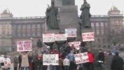 Қазақ босқындарының Прагадағы митингісі